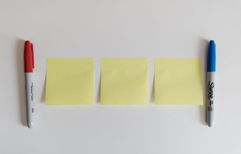 dot-blog-brainwriting-pen-and-paper